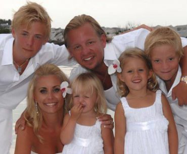 Mattias Kaneteg med familj